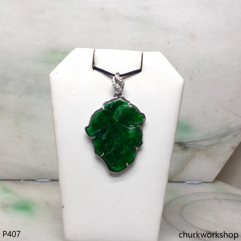 Deep green jade leaf pendant in 14k white gold