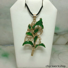 Handmade Imperial jade flower pendant in 14k gold