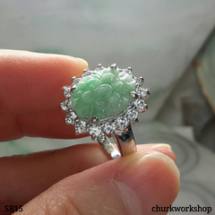 Flower jade ring