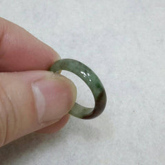 Multi-color pinkie jade band