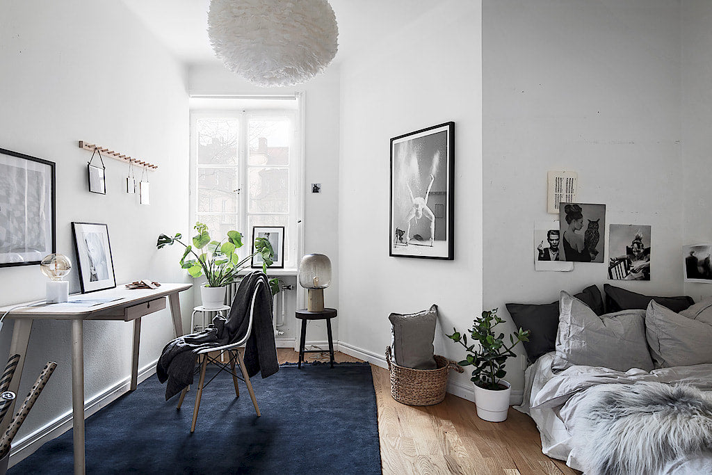 Scandinavian Style | Stockholm apartment with a touch of blue | bedroom 3