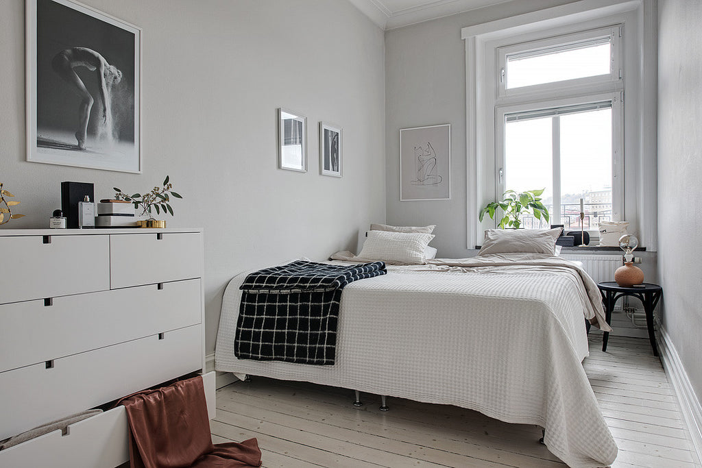 scandinavian style bedroom surbrunnsgatan 13