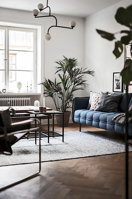 Scandinavian Style | Stockholm apartment with a touch of blue 7