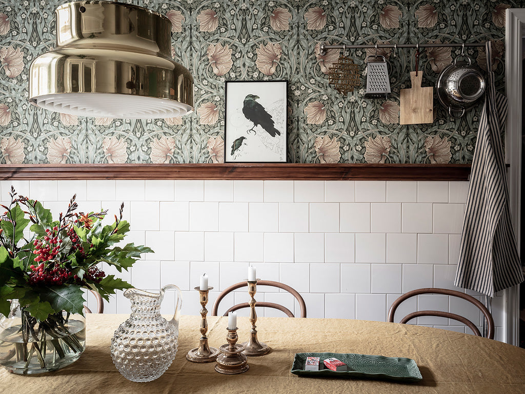 Wonderful wallpaper in Scandi style kitchen