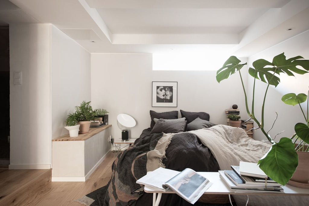 Bright and cosy bedroom of Gothenburg apt.