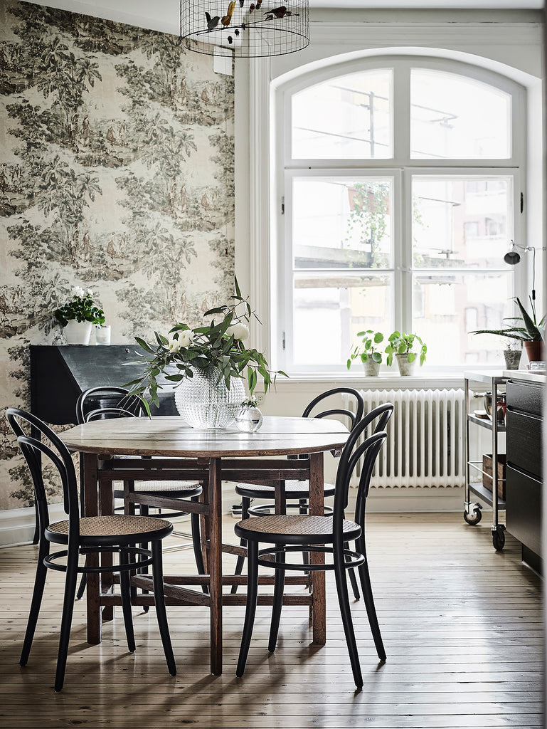 Dining area in gorgeous Gothenburg apartment