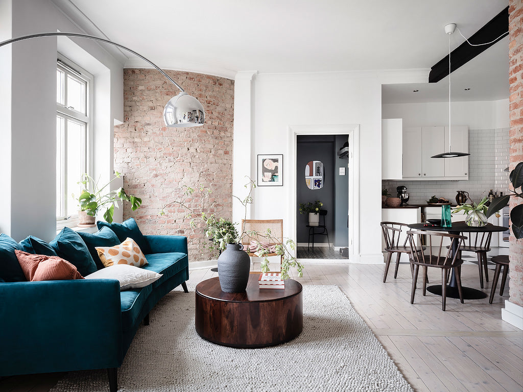 A touch of blue in Swedish interior