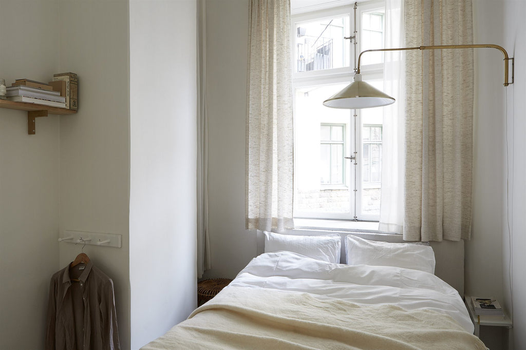 Small bedroom in Stockholm apartment Birkagatan