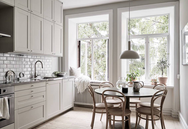 Swedish Kitchen in shades of white 02
