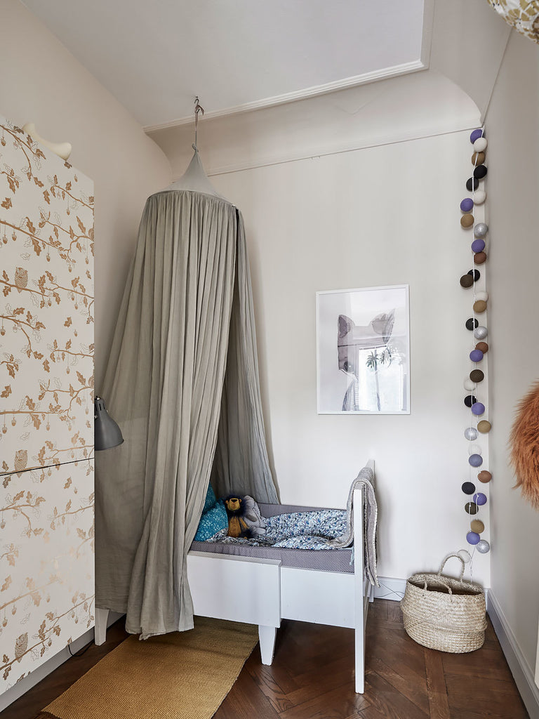 kid's room in Swedish apartment 1