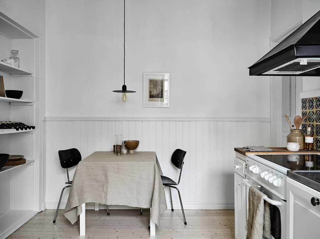 soft neutral tones in Gothenburg kitchen | Kungshöjdsgatan