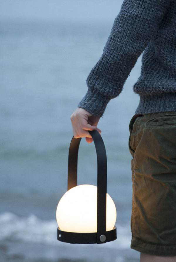 LED Carrie Lamp - Scandinavian style | Nordic Design | Grøn + White