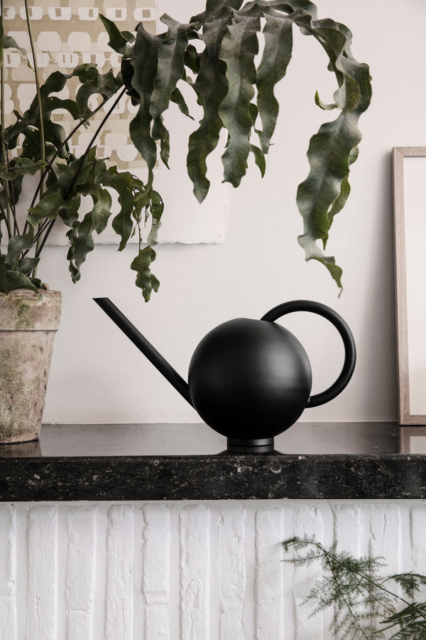 Orb Watering Can - Scandinavian style | Nordic Design | Grøn + White