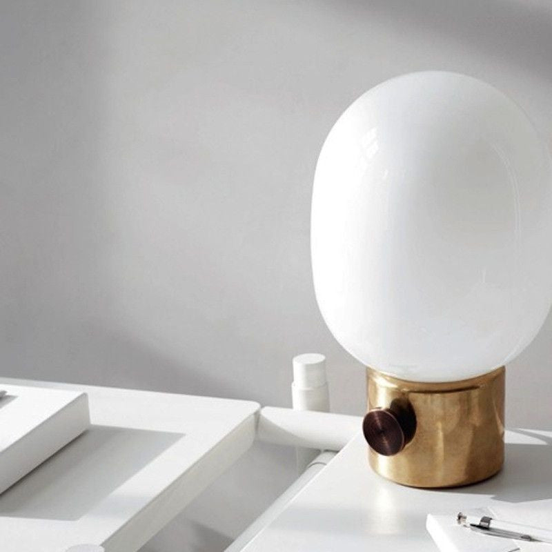 JWDA Brass Table Lamp - Scandinavian style | Nordic Design | Grøn + White