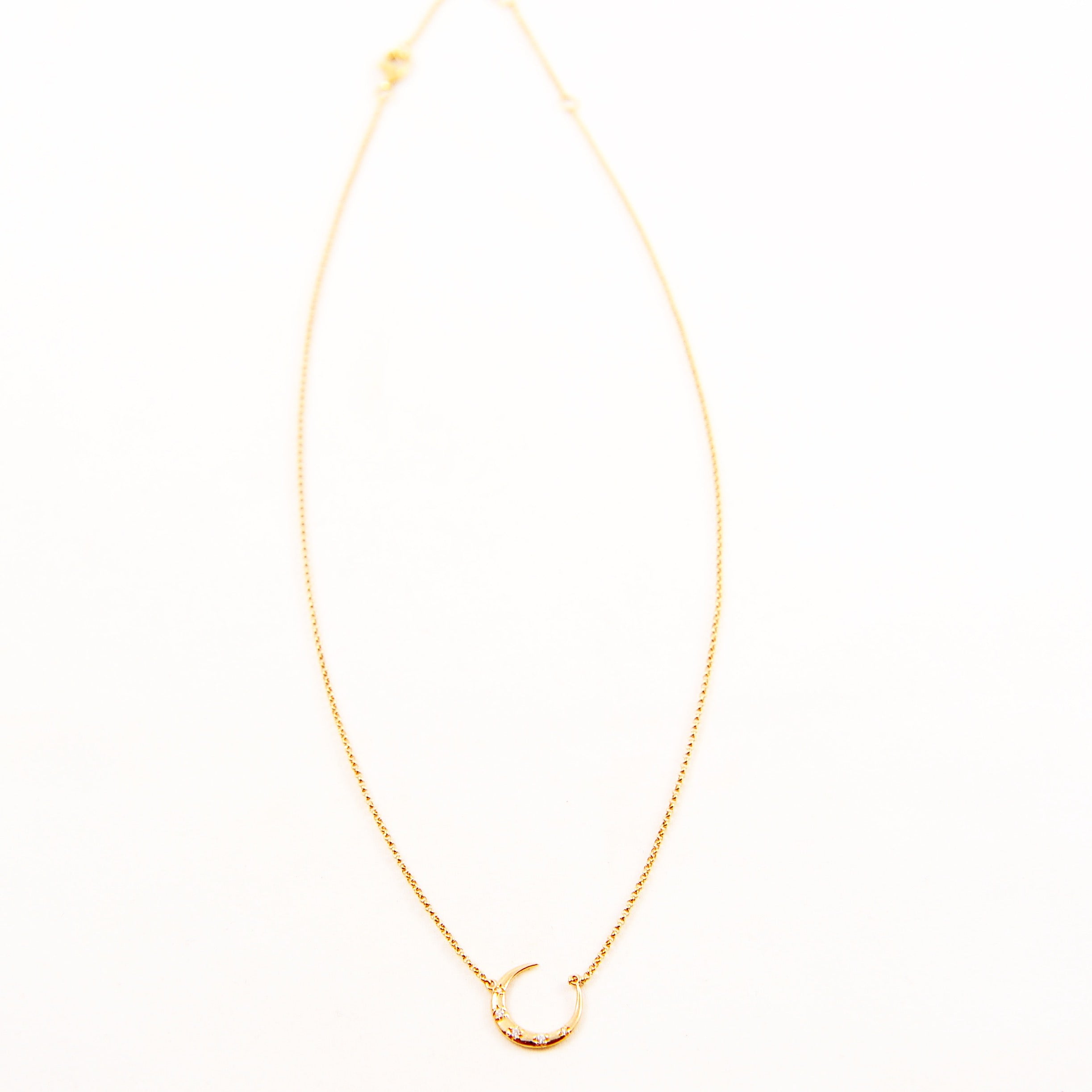 DIAMOND CRESCENT MOON CHOKER