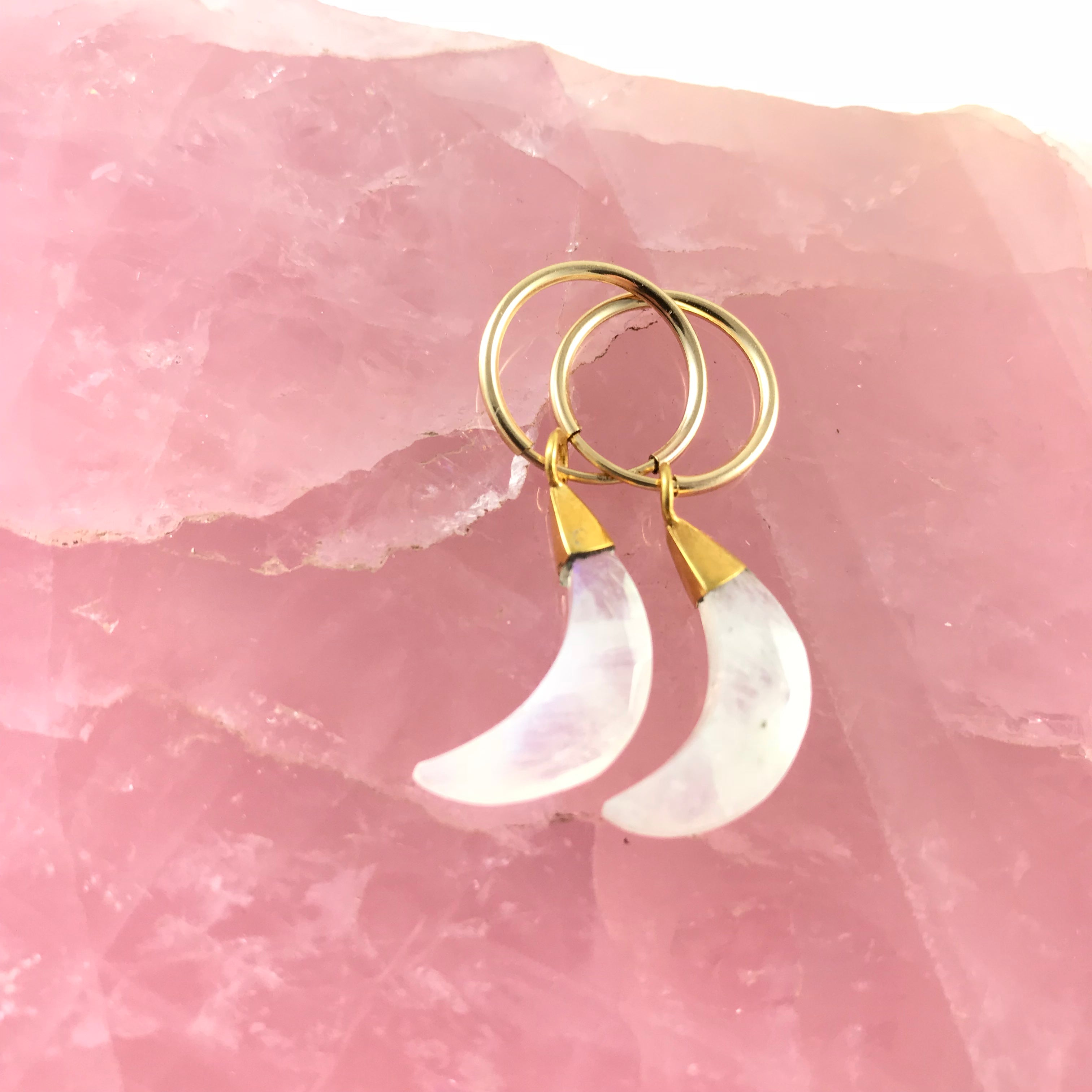 THE CRESCENT MOON EARRINGS