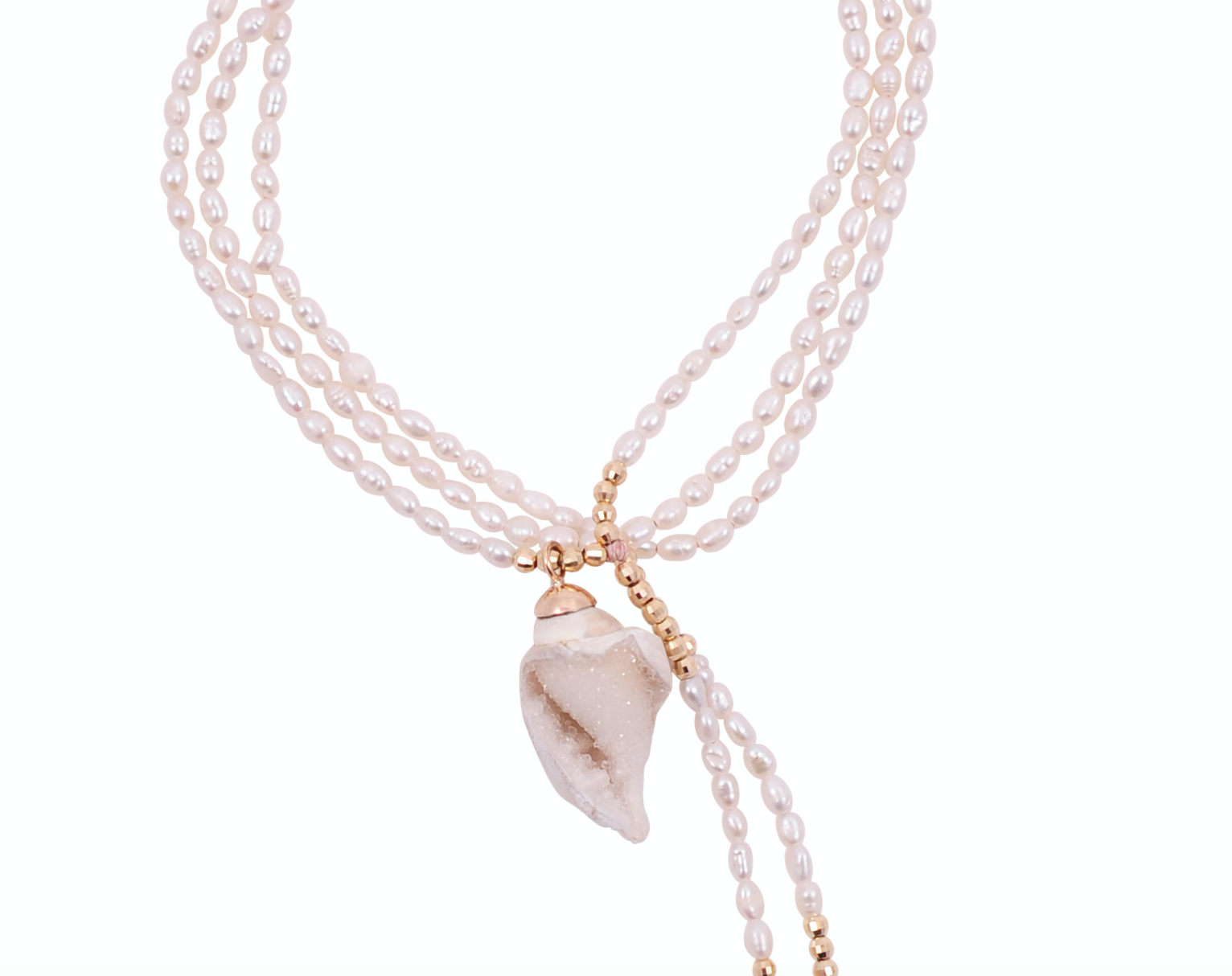PEARL NECKLACE WITH CRYSTAL SHELL
