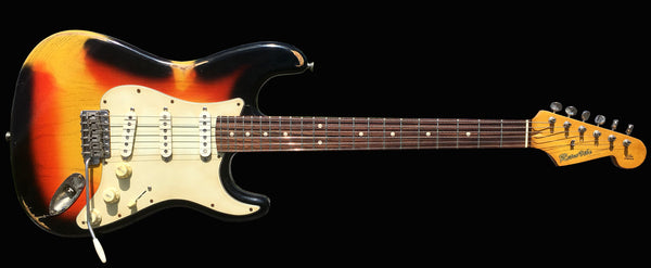 RetroVibe® Number 18 3-Tone Sunburst Iconacaster