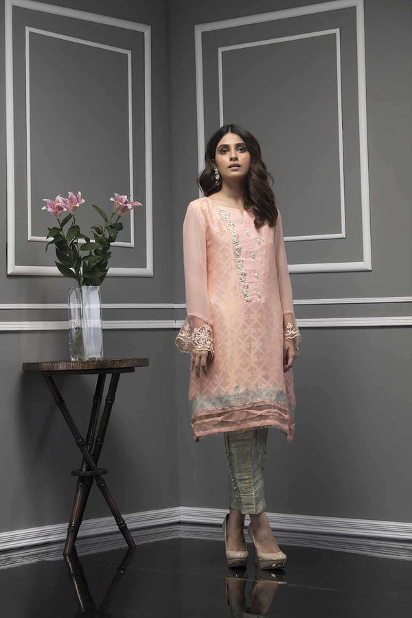 Luxury Pret, Pakistani Fashion Designer GLORY PEACH - Phatyma Khan