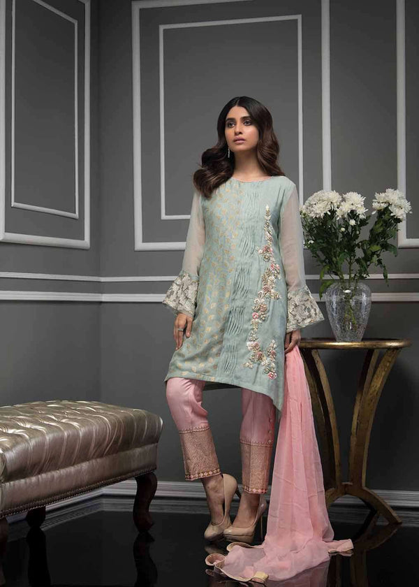 Luxury Pret, Pakistani Fashion Designer GREY GRACE - Phatyma Khan
