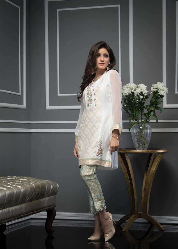 VIVID WHITE - Ready To Deliver-Phatyma Khan-[Luxury_Pret]-[Pakistani_Fashion_Desginer]-[Women_Fashion_Brand]
