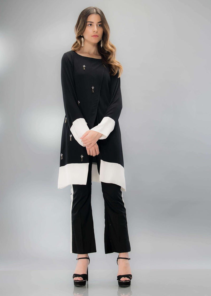 BLACK & WHITE WRAP - Phatyma Khan  [product_price] [product_description] - Luxury Pret - Women's Designer Clothing #luxurypret