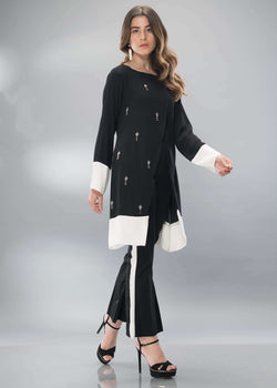 Luxury Pret, Pakistani Fashion Designer BLACK & WHITE WRAP - Phatyma Khan