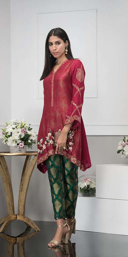 REGAL RED - Ready To Deliver-Phatyma Khan-[Luxury_Pret]-[Pakistani_Fashion_Desginer]-[Women_Fashion_Brand]