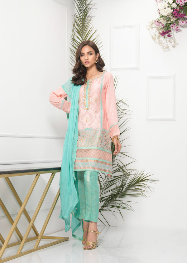 Luxury Pret, Pakistani Fashion Designer FESTIVE FEROZI - Phatyma Khan
