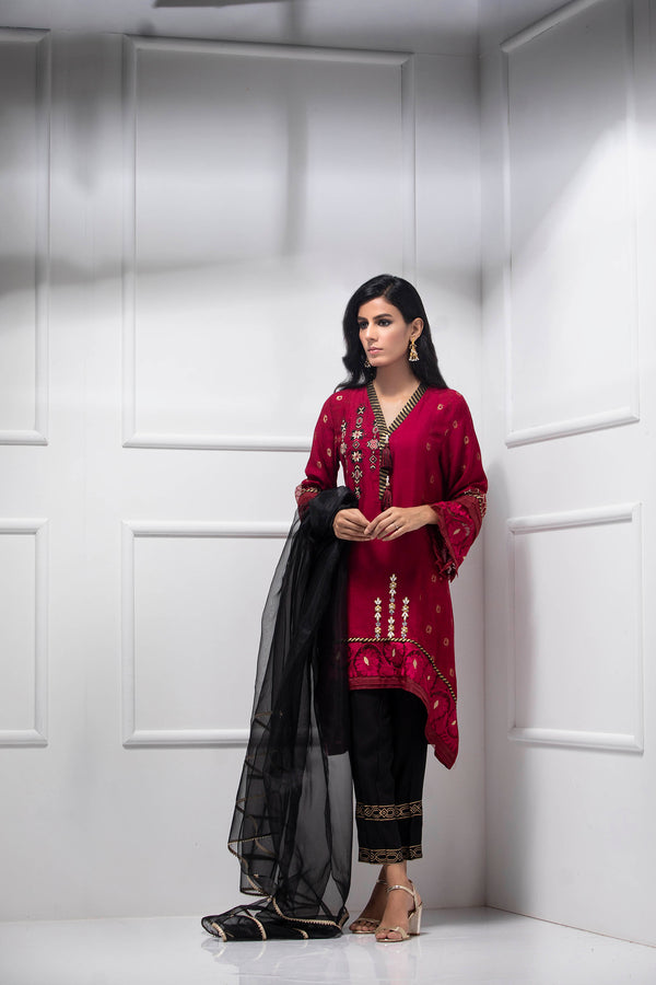 Luxury Pret, Pakistani Fashion Designer CARDINAL RED - Phatyma Khan