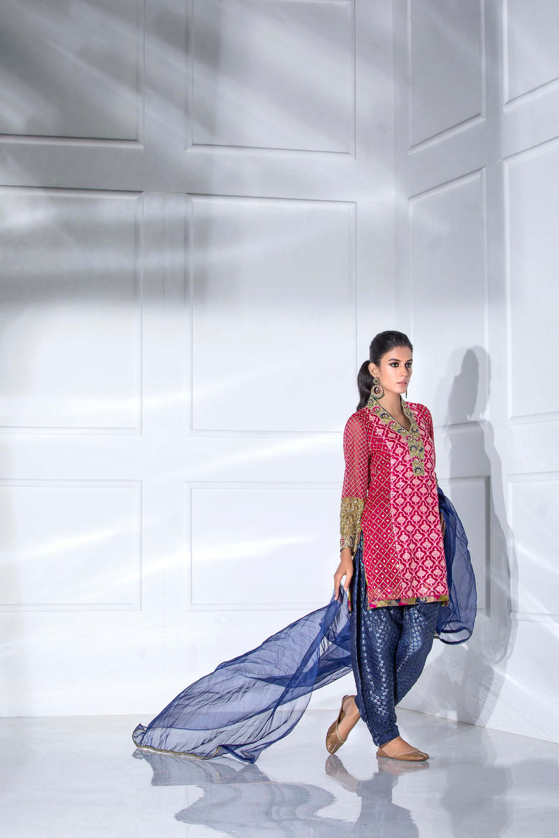 FESTIVE PINK-Phatyma Khan-[Luxury_Pret]-[Pakistani_Fashion_Desginer]-[Women_Fashion_Brand]