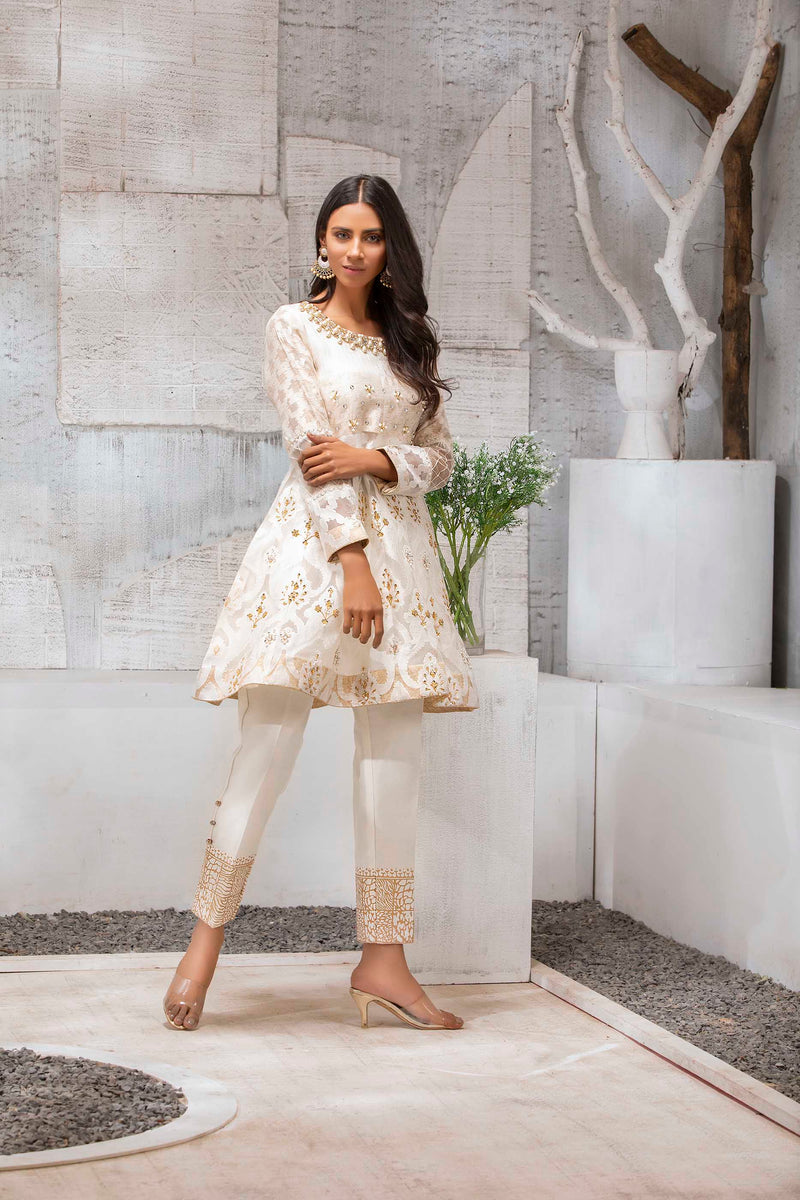 FROSTED WHITE-Phatyma Khan-[Luxury_Pret]-[Pakistani_Fashion_Desginer]-[Women_Fashion_Brand]