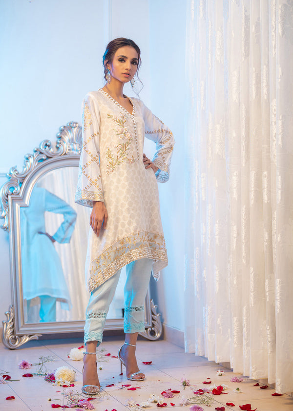 GRACEFUL WHITE-Phatyma Khan-[Luxury_Pret]-[Pakistani_Fashion_Desginer]-[Women_Fashion_Brand]