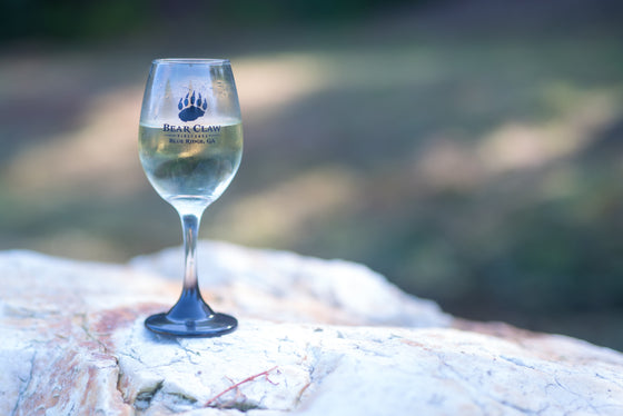 Bear Claw wine glass