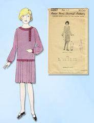 1920s VTG Ladies Home Journal Sewing Pattern 5207 Uncut Girls Flapper Dress Sz10
