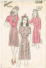 1940s Vintage Advance Sewing Pattern 3258 VTG Misses WWII Day Dress Size 12 - Vintage4me2
