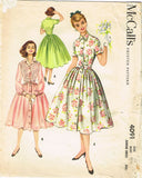 1950s Vintage McCalls Sewing Pattern 4091 Junior Misses Shirtwaist Dress Size 11