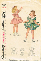 1940s Vintage Simplicity Sewing Pattern 2529 Toddler Girls Scalloped Dress Sz 5