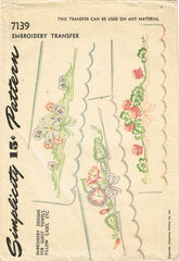 1940s Vintage Simplicity Sewing Pattern 7139 Uncut Floral Pillowcase Motifs