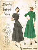 1940s Vintage Simplicity Designer's Pattern 8175 Dramatic Dress Gr8 Back Sz 34 B