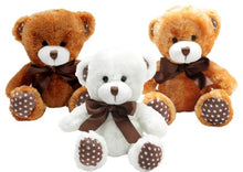 Little teddy bears in brown, light brown and white to show the three different colours available