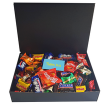 Large gift box filled to the brim with a mixture of mini fudge and funsize chocolate bars. Perfect for sharing!