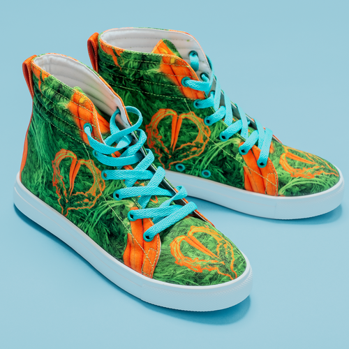 Carrot Heart Kids Hi-top shoe side