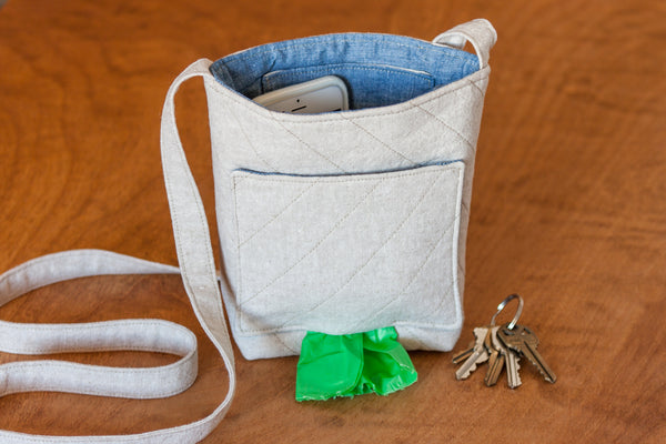 Sew this dog walking bag for basic dog walking essentials