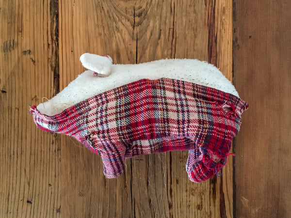 pig toy sewn with integrated pocket | oxforddogma.com