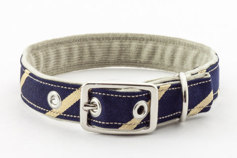 Traditional Dog Collar with metal buckle in navy and tan | oxforddogma.com
