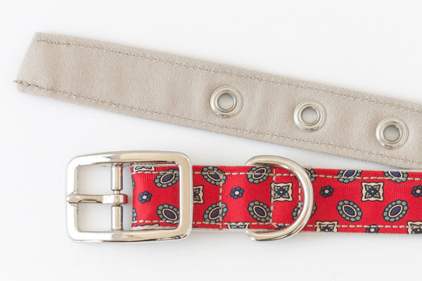 This classic dog collar is made from reclaimed materials in red and tan | oxforddogma.com