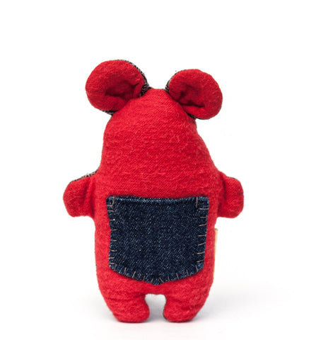 The plush Pocket Critter Treat Toy features a pocket for hiding treats or catnip for your small dog or cat to find | oxforddogma.com