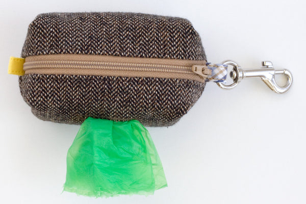 Road Trip Leash Pouch in Brown Herringbone | oxforddogma.com