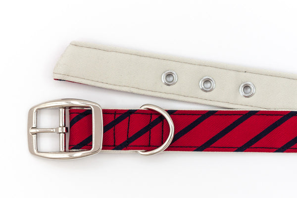 This classic dog collar is handcrafted from reclaimed materials in red and navy blue | oxforddogma.com
